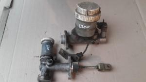 pieces4X4occasion.fr-emetteur freins embrayage maitre cylindre l200