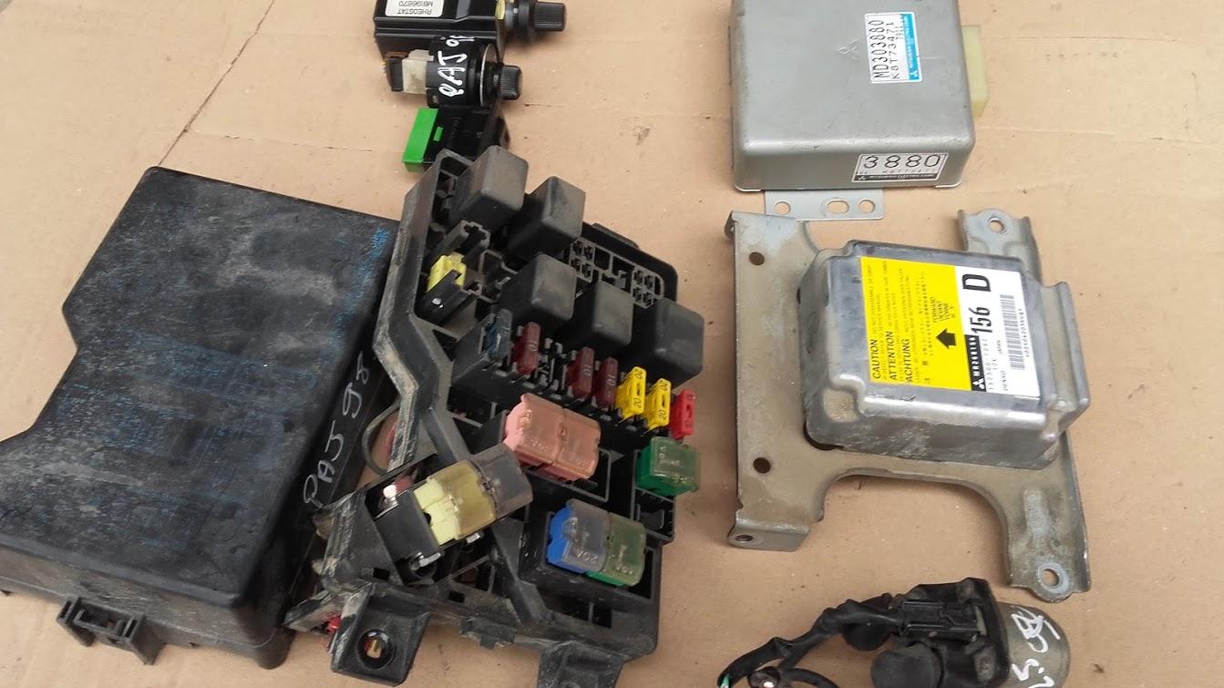 www.pieces4x4occasion.fr boite fusile module airbag calculateur prechauffage  pajero
