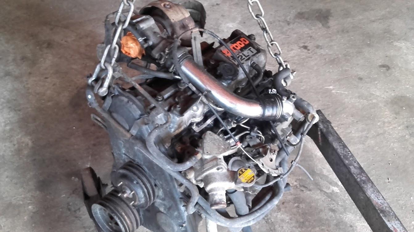 www.pieces4x4occasion.fr toyota lj70 moteur 2lt 2.4td